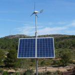 generación de energía solar y eólica